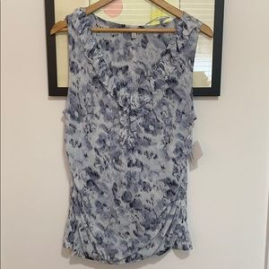 NWT Halogen sleeveless v neck ruffle top